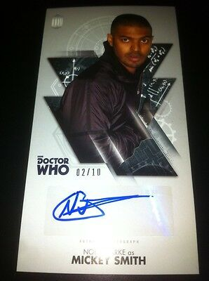 """TOPPS Dr Who Tenth Doctor Adventures OVERSIZED """"Autograph Card  2/10 NOEL CLARKE"""