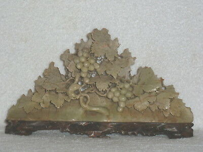 "Chinese China Carved vintage SOAPSTONE Grape & Leaf On Vine Sculpture 10"" Long"