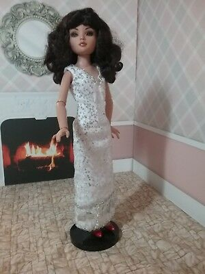 """White and Silver Evening Gown for 16"""" Fashion Dolls"""