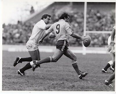 Original Press Photo England v Romania 5.1.1985 M Paraschiv & J Hall 10x8in