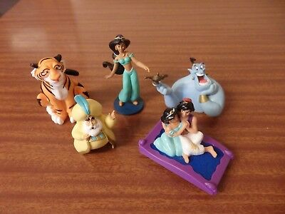 5 Disney Aladdin Small Plastic Toy Figures Jasmine Genie Raj Sultan Magic Carpet