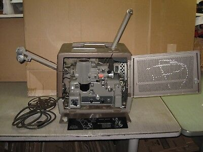 VINTAGE BELL & HOWELL FILMOSOUND SPECIALIST 399 A Y 16mm SOUND MOVIE PROJECTOR