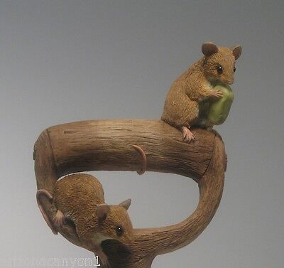 Natural World Mice on Shovel Handle Figure Garden Country Artists 86157 CA86157