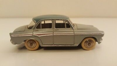 Dinky Toys - 544 - Simca Aronde P60 VN Mint