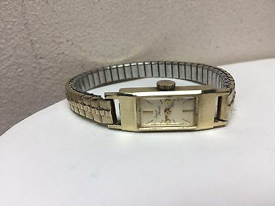 Ladies Vintage Jacques Prevard Solid 14K Gold Swiss Mechanical Watch