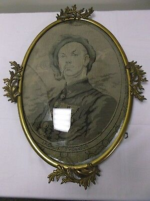 Antique Oval Brass Frame W/high Relief Cast Leaf Accents~Convex Bubble Glass
