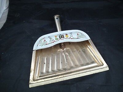 Vintage Folk Art Retro Dutch Floral JV Reed White Metal Dust Pan M. Taber