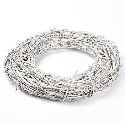 Frosted Twiggy Christmas Willow Wood Wreath Ring - 32 cm Natural Rustic