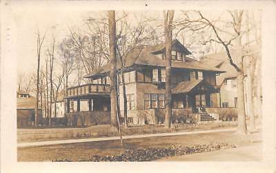 CHICAGO, ILLINOIS ~ PRIVATE RESIDENCE, REAL PHOTO PC ~ used 1916