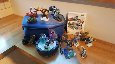 Skylanders Giants 13 Figures Bundle - good condition with carry case
