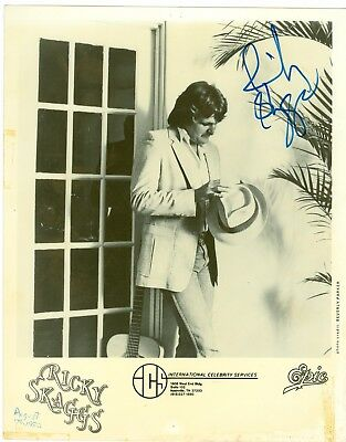 Ricky Scaggs autographed hand signed black and white 8 x 10 publicity photo
