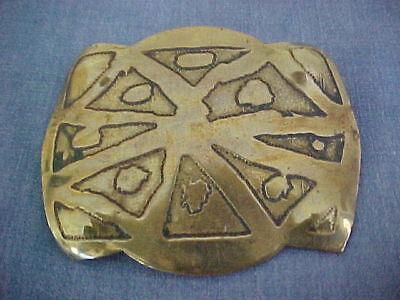 MYSTERY ARTS & CRAFTS BRASS BROOCH ETCHED SOLID LARGE c1910 UNSIGNED HANDWROUGHT