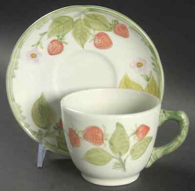 Franciscan STRAWBERRY TIME Cup & Saucer 141547