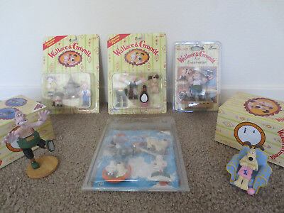 Lot of Wallace & Gromit Collectables, Figurines, Magnets,