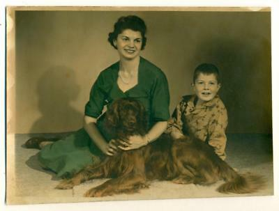 c. 1950s COLOR TINTED PHOTOGRAPH of MOTHER & SON w PET RED DOG IRISH SETTER ?