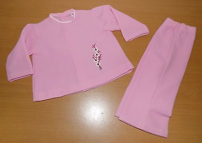 VINTAGE UNWORN 1970's GIRLS PINK CRIMPLENE TOP & TROUSER SUIT AGE 12 MONTHS