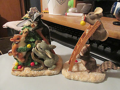 Fitz and Floyd Charming Tails Trimming the Tree Figurine #87/702