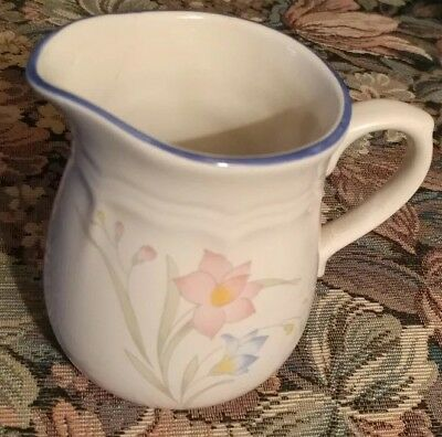 French Garden Stoneware Creamer & Sugar Bowl with Lid Excellent Used Condition