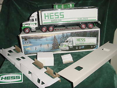 87  Christmas Xmas  Holiday Hess Gasoline Trucks  3 Barrel Box Truck Toys  1987