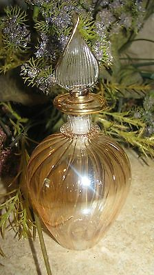 ~ 80s Delicate Swirl Glass Perfume Bottle Iridescent ULTRA THIN solid Stopper ~