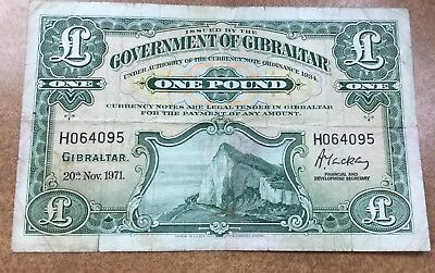 [#52684] Gibraltar 1971  1 Pound  P 18b circulated , Rock of Gibraltar on front