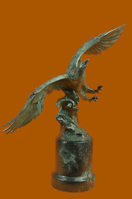 Close Out Bronze Wildlife Special Patina Museum Quality Eagle  hot cast figure