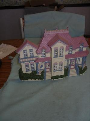 Vintage Large Burwood  HOMCO Beautiful Victorian Style House Wall Plaque 1989