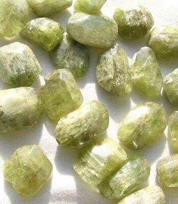 Sample of One bead of Chatoyant GREEN KUNZITE Faceted Nugget Bead 3363B