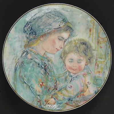 Royal Doulton MOTHER & CHILD PLATE Colette & Child 1973