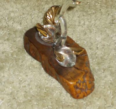 Vintage Pretty Pair Of Glass Swans Mounted On A Piece Of Petrified Wood Nice
