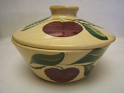 Vintage Watt Three Leaf Apple Pattern Ribbed Casserole #601 w/ Lid USA GUC