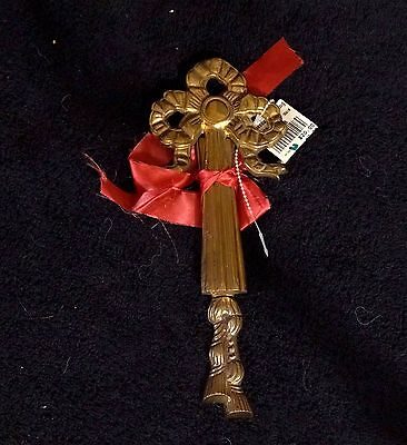 Lovely Vintage Victorian Style Two Piece Brass Bow Picture Hanger - NWT