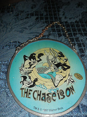 """Sun Catcher 1997 Warner Bros """" The Chase Is On"""" 4""""x 4"""" Euc"""