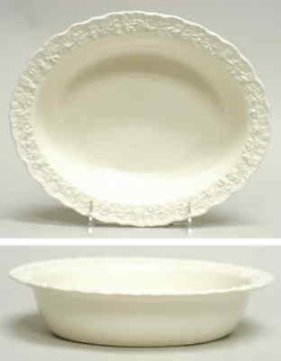 Wedgwood CREAM COLOR ON CREAM COLOR Oval Vegetable Bowl 780703