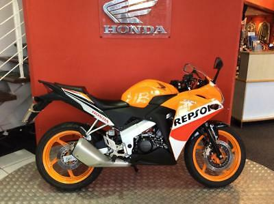 2007 honda cbr125 repsol picclick uk. Black Bedroom Furniture Sets. Home Design Ideas