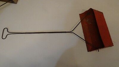 "Vintage Housekeeping Upright RED Metal Dust PAN with long handle 29"" FREE SHIP"