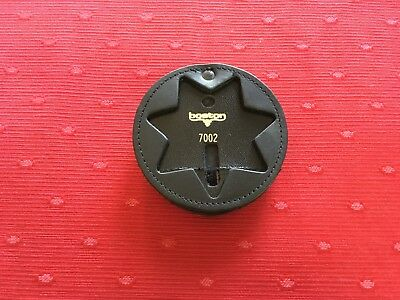 Genuine Boston Leather 600-7002 Round Recessed Clip On Badge Holder, 7 pt Star