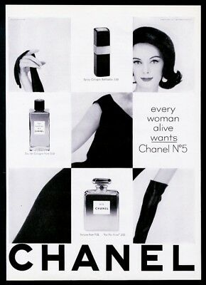 1962 Chanel No.5 perfume spray cologne brunette woman photo vintage print ad