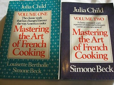 Julia Child Mastering The Art Of French Cooking Volumes One & Two 1983 PB Books