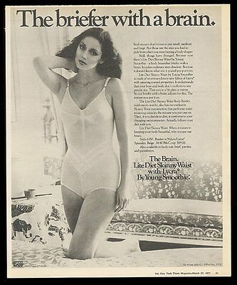 1977 pretty woman photo Young Smoothie Lite Diet Skinny Waist body briefer ad