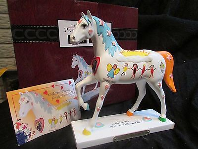 TRAIL OF PAINTED PONIES Children's Prayers for the World~God Loves You! 1E/0294