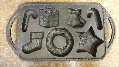 Vintage? Unique  Cast Iron Merry Christmas Muffin Cornbread Cupcake Pan