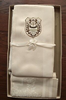 VINTAGE 1940s DAMASK WHITE MATCHING TABLECLOTH & 6 NAPKINS NEW IN BOX 56X76 INCH