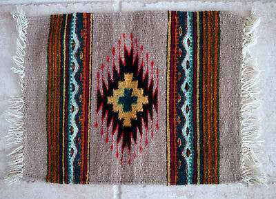 "OAXACA ZAPOTEC INDIAN HAND MADE WOOL RUG 19 1/2"" x 15 1/2"". MULTICOLORED."