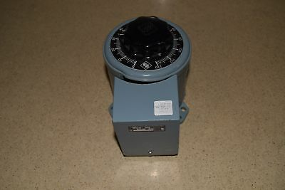 ^^ Superior Electric Powerstat Variable Transformer Type 117Bt (#3)