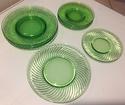 "(4) 8"" And (4) 6"" Diameter Vintage Green Swirl Vaseline Depression Glass Plates"