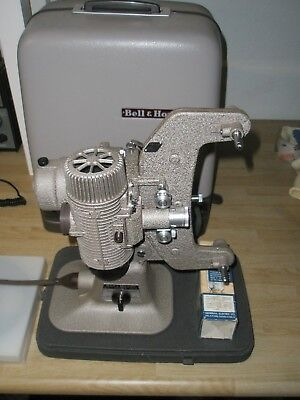 Bell and Howell 8mm 122 L Movie Projector Very Good