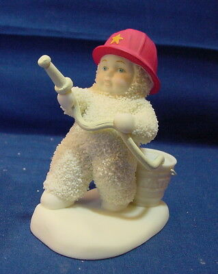 """Department 56 Snowbabies TO THE RESCUE Firefighter Fireman 3"""" Figurine"""
