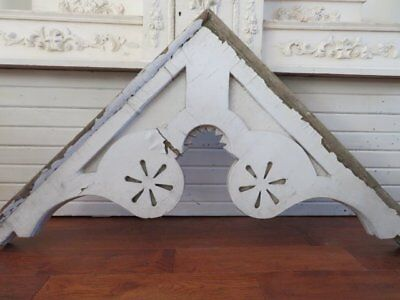 OMG Old ARCHITECTURAL HEADER PEDIMENT GABLE Ornate Peaked Top CHIPPY WHITE PAINT