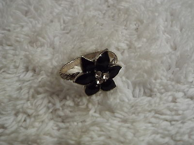 Rhinestone Black Flower Ring - Size 8 (D78)